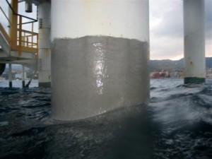 تعمير پوشش هاي ناحيه پاشش آب سكوهاي دريايي و رايزرهاي نفت